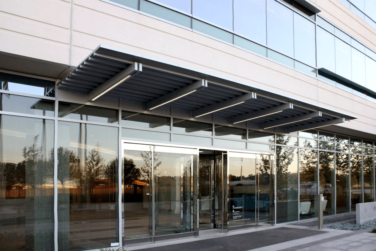 commercial-glass-entry-chicago